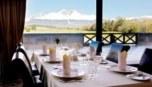 Golf rezort Black Stork reštaurácia hotela International – kópia